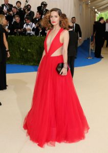 192587b6fb I love Rose Byrne s red dress with the tulle